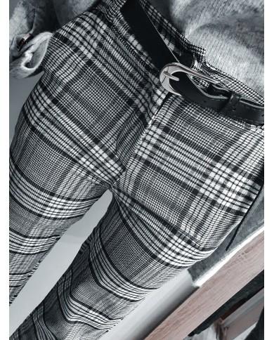 Spodnie cygaretki w kratkę...