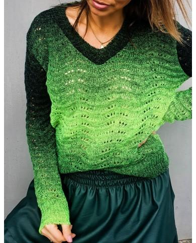 Sweter damski w serek RAINBOW
